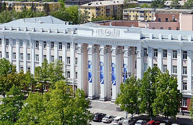 Абитуриенты АлтГУ прошли экспресс-опрос в рамках независимой оценки качества образования