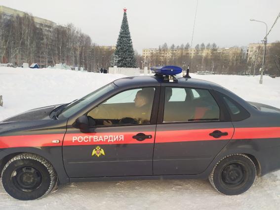 Сотрудники томской Росгвардии приняли участие в охране общественного порядка в период проведения новогодних мероприятий