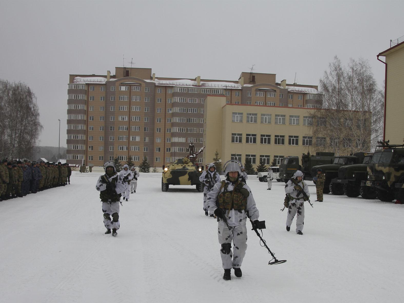 Участники оперативного сбора руководящего состава Сибирского округа Росгвардии приступили к занятиям по направлениям деятельности