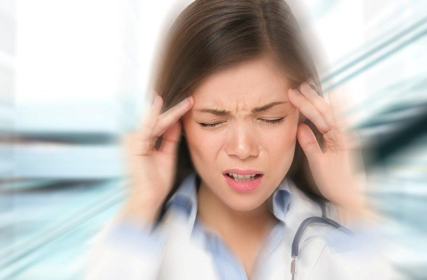 Потеря сознания: первая помощь, симптомы, причины