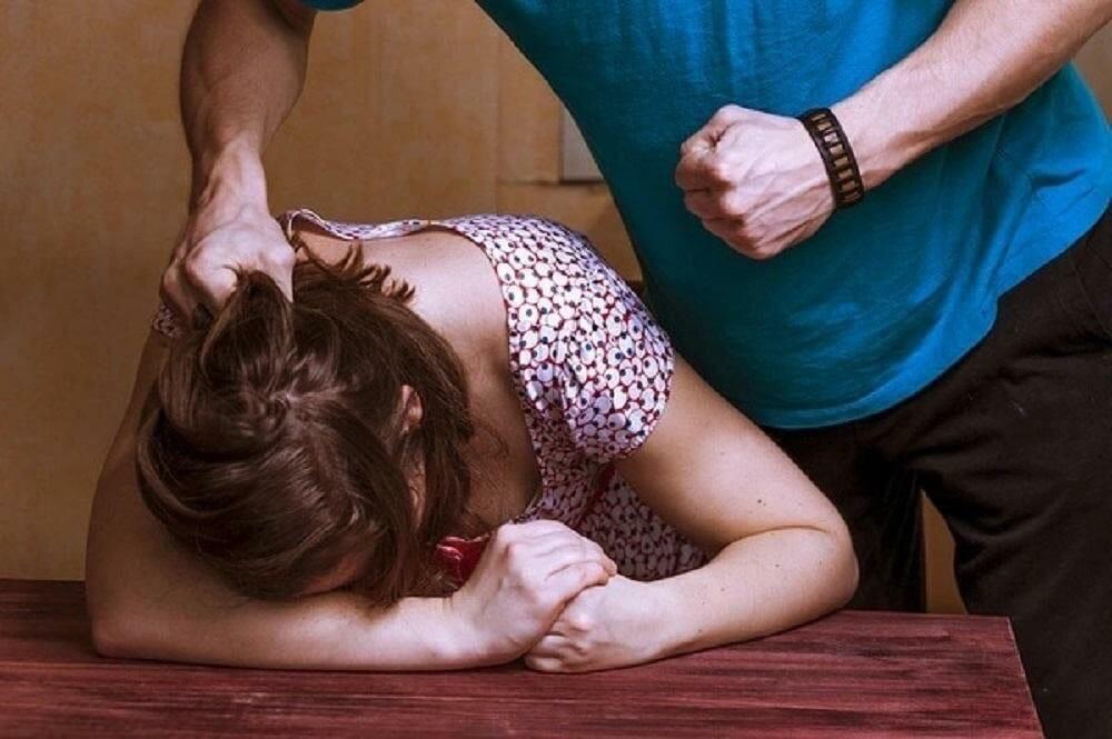 Вы за или против закона о домашнем насилии?
