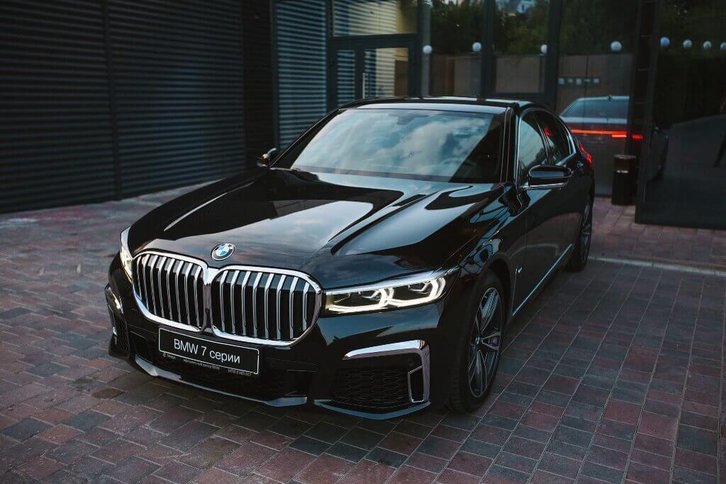 «Балтийский лизинг» стал главным партнером тест-драйва автомобилей BMW в Екатеринбурге