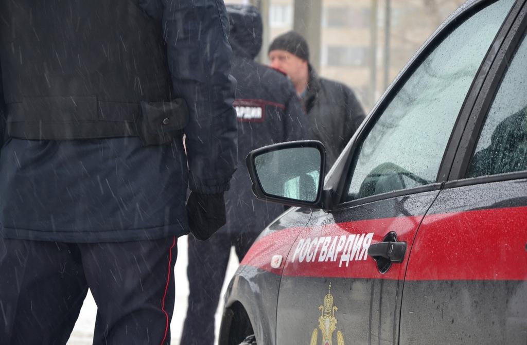 Сотрудники УВО Росгвардии в Казани задержали мужчину, находившегося в федеральном розыске