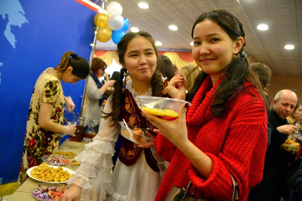 Фестиваль национальных культур завершил юбилейный студенческий конгресс в АлтГУ