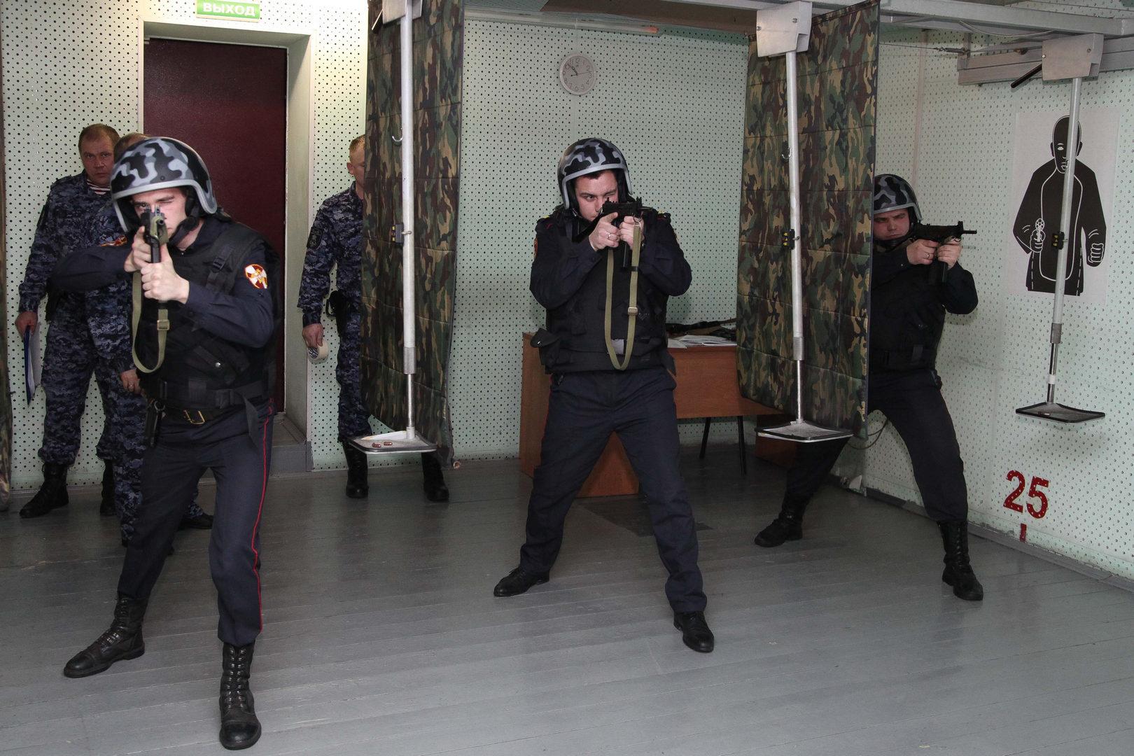 В УВО Росгвардии по РТ состоялись соревнования по стрельбе из табельного оружия, посвященные Дню Героев Отечества.