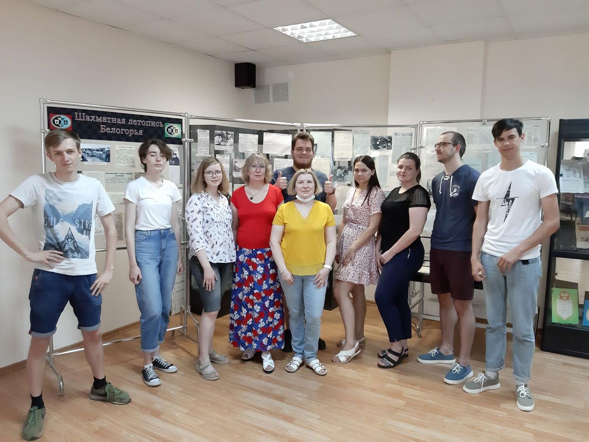 Студенты НИУ «БелГУ» изучают историю вуза на основе архивных документов