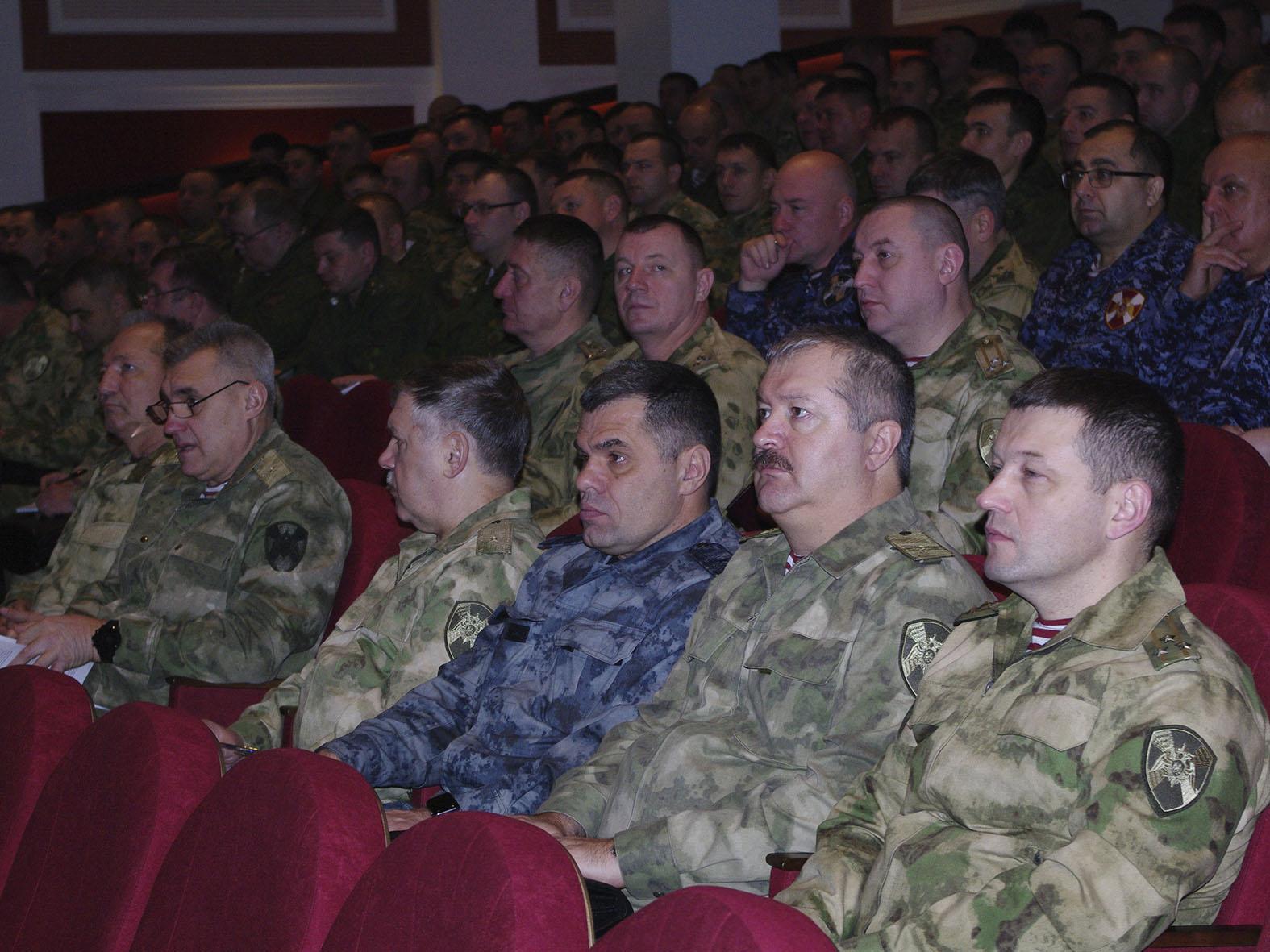 Офицеры из Томской области участвуют в оперативном сборе руководящего состава Сибирского округа Росгвардии в Новосибирске