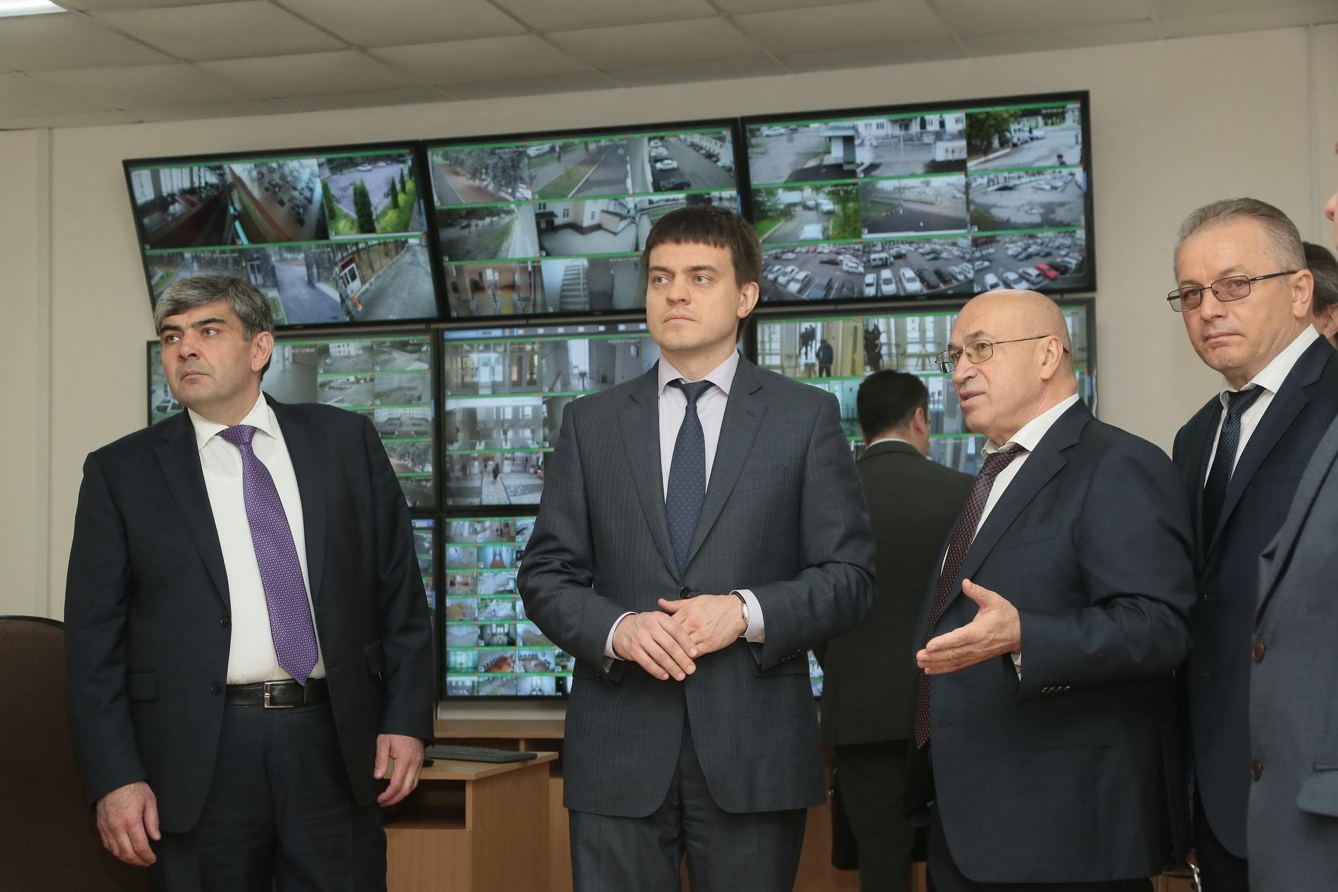 Михаил Котюков провел в КБГУ совещание по вопросу создания НОЦ в СКФО