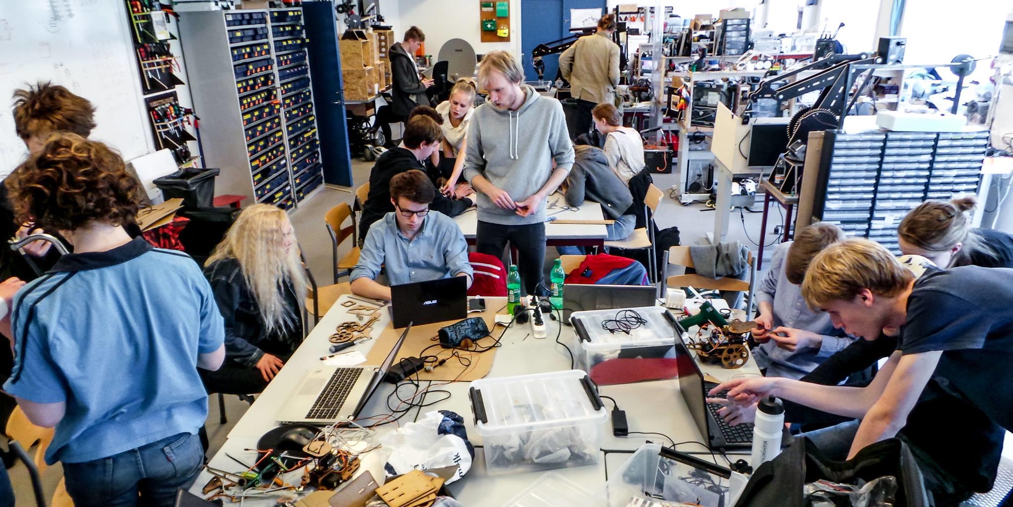 На конференции в Екатеринбурге научат создавать и развивать кружки технического творчества