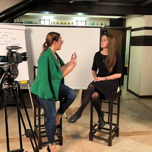 Медиаэксперт Дарья Воронова запускает серию бизнес-вебинаров по разбору типовых ошибок в публичных выступлениях