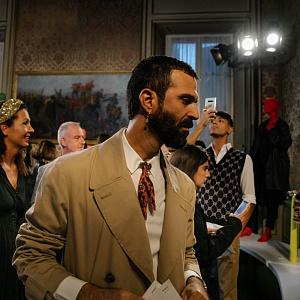 BeretkAh…! на открытии выставки в честь 10-летия Vogue Talents