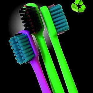 ООО ПО «ЛенПластПолимер» — прогрессивное динамично развивающееся предприятие полного цикла по выпуску высококачественных зубных щеток для взрослых и детей