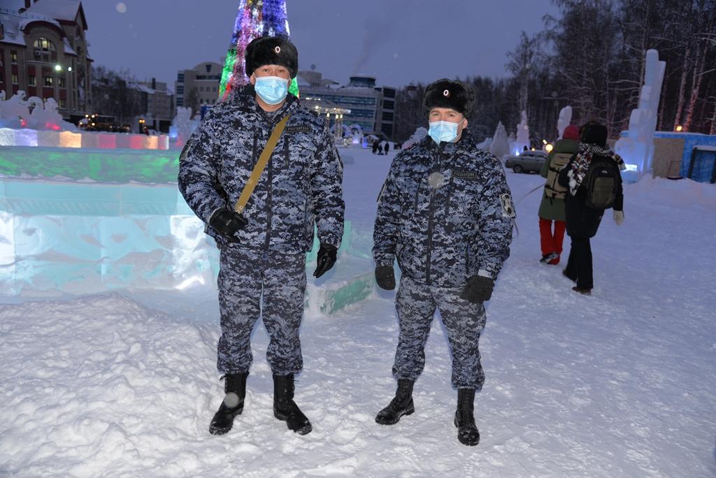 Росгвардия обеспечила безопасность югорчан в новогоднюю ночь