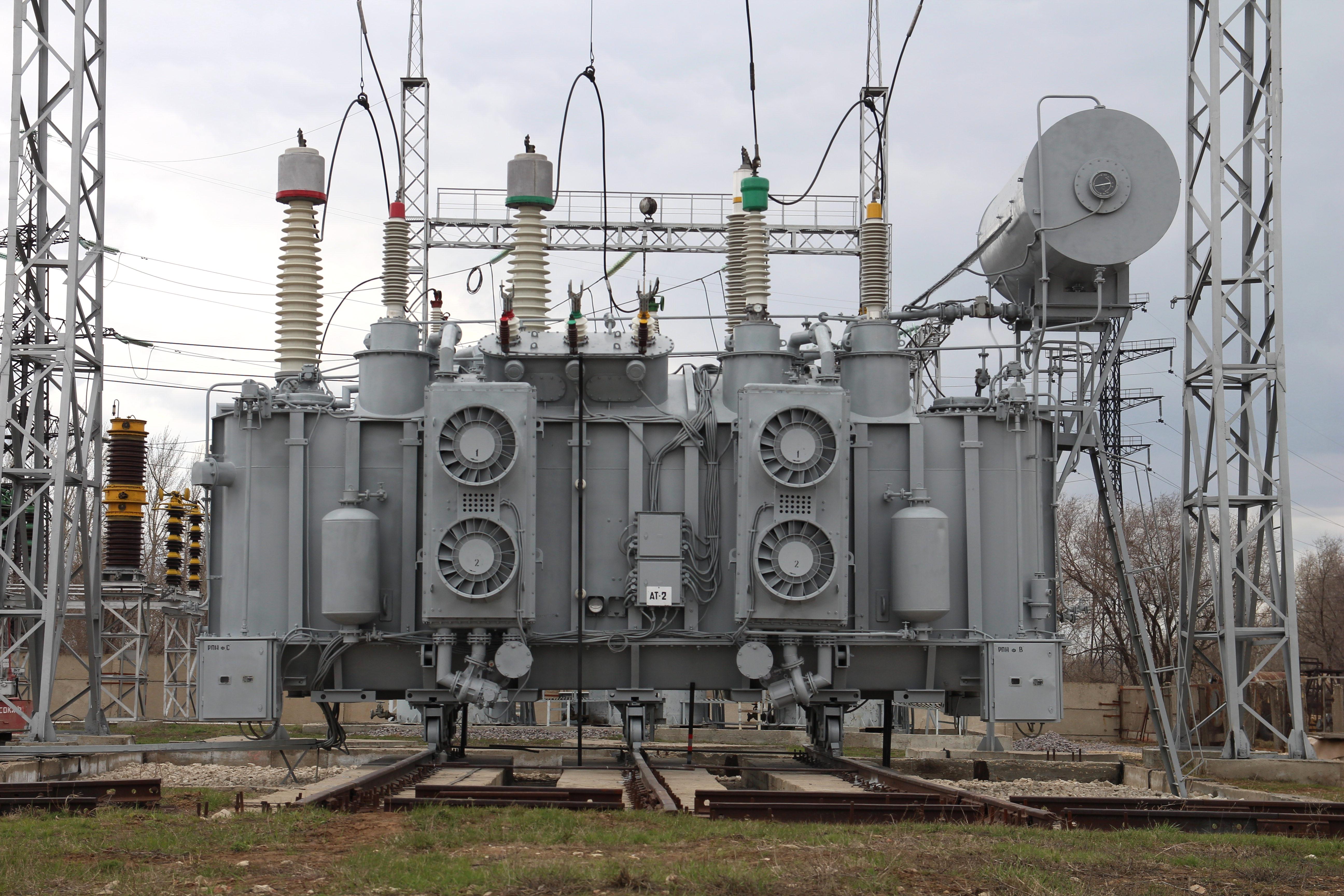 «Россети ФСК ЕЭС» завершила ремонт силового оборудования двух центров питания Саратовской области
