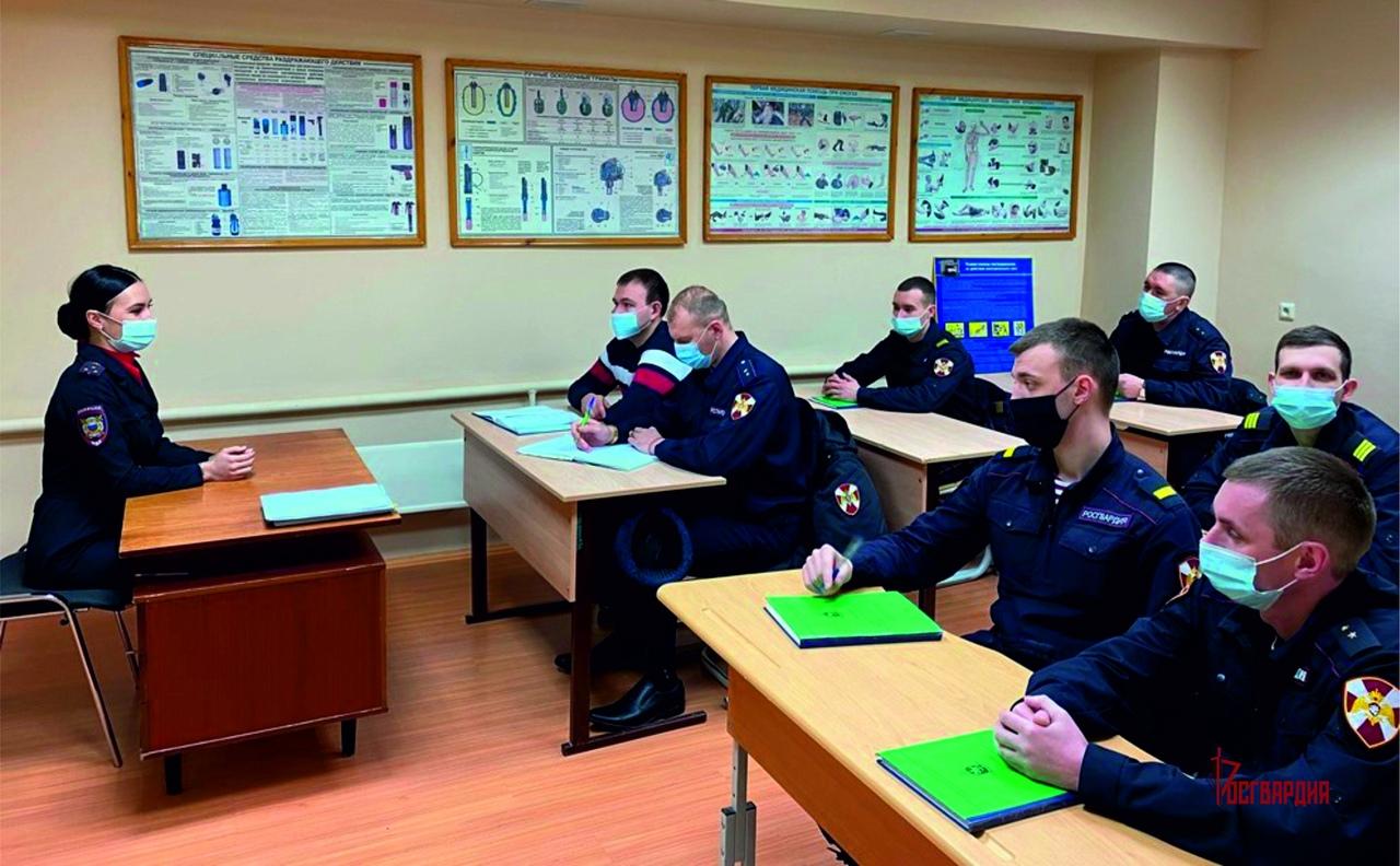 В управлении Росгвардии по ХМАО – Югре состоялся День правовых знаний по безопасности дорожного движения