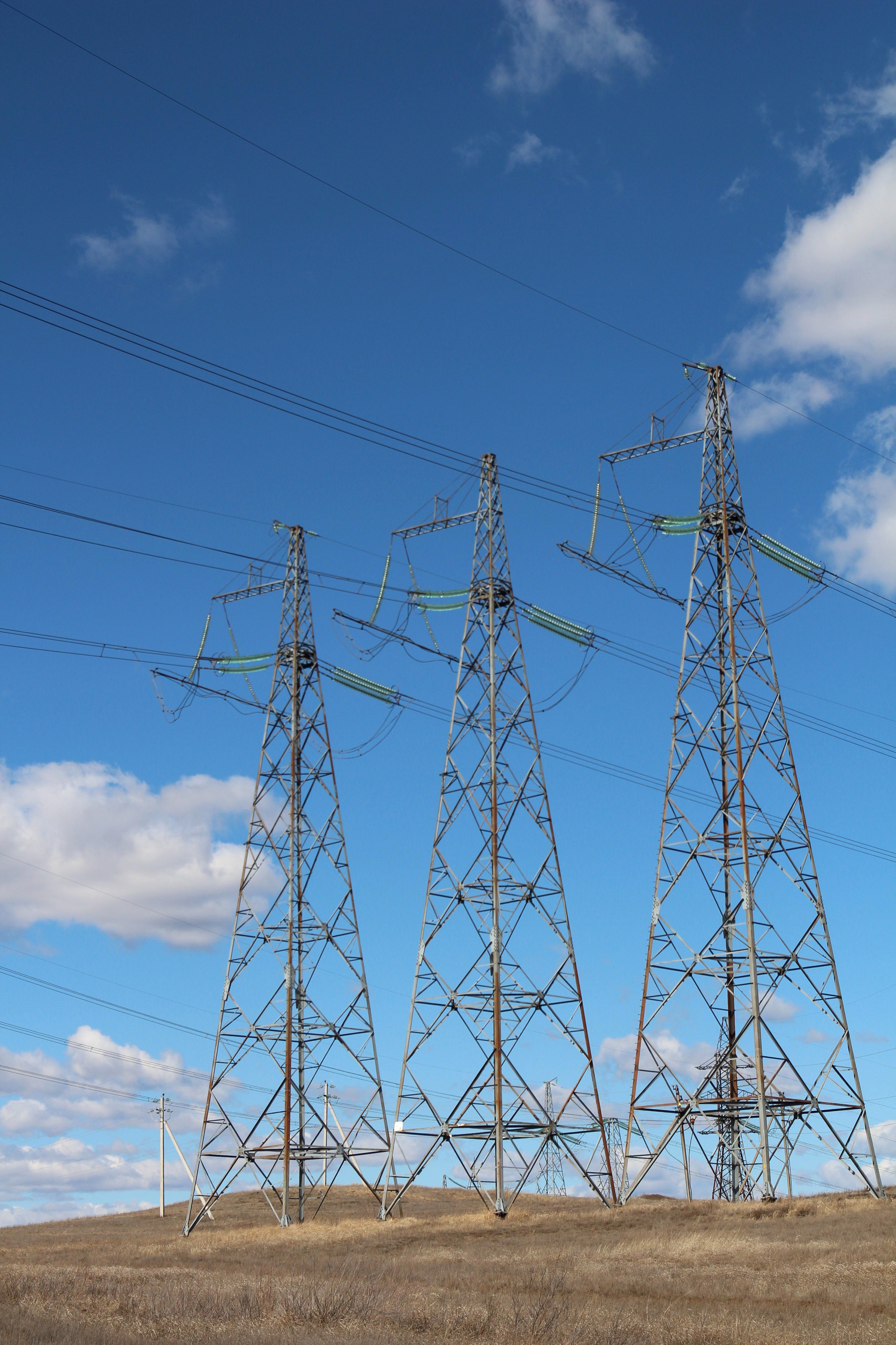 «Россети ФСК ЕЭС» приступила к пробным плавкам гололеда на линиях электропередачи Поволжского региона