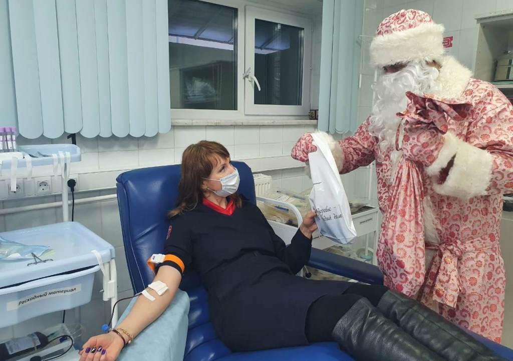Росгвардейцы приняли участие в предновогоднем донорском марафоне в Югре