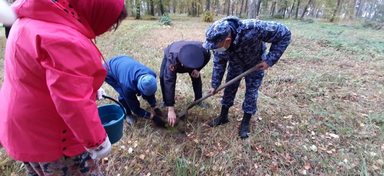 В Башкирии росгвардейцы приняли участие в акции «Зеленая Башкирия»