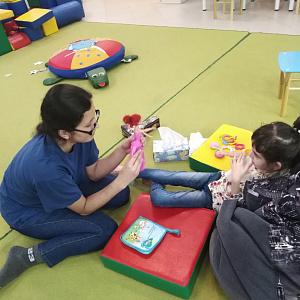 Волонтеры ТГПУ продолжают работу в проекте «Прикосновение»